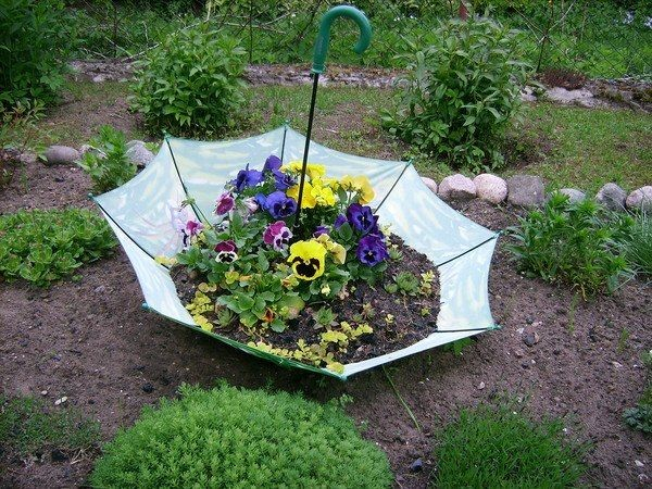 5-unusual-ways-to-use-an-umbrella-garden-planter-pin