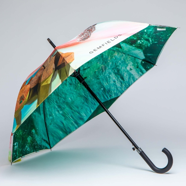 Advertising umbrella with detailed print